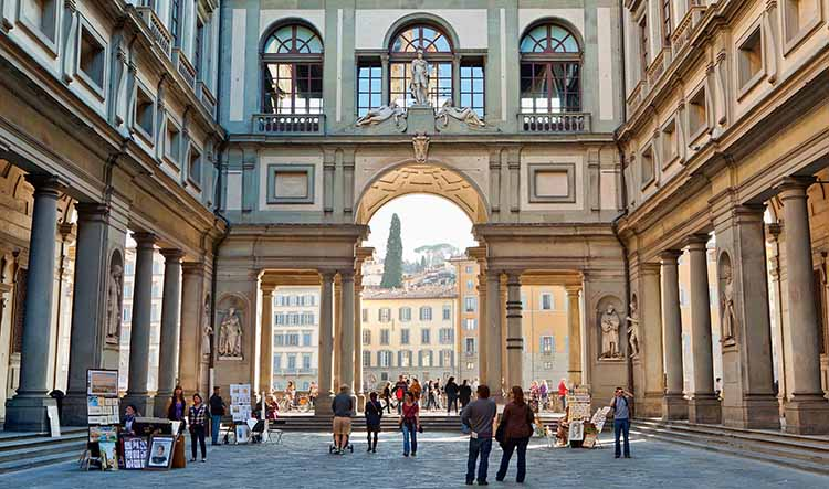 2-Hour Private Guided Tour of the Uffizi Gallery - Unique Florence Private Tours